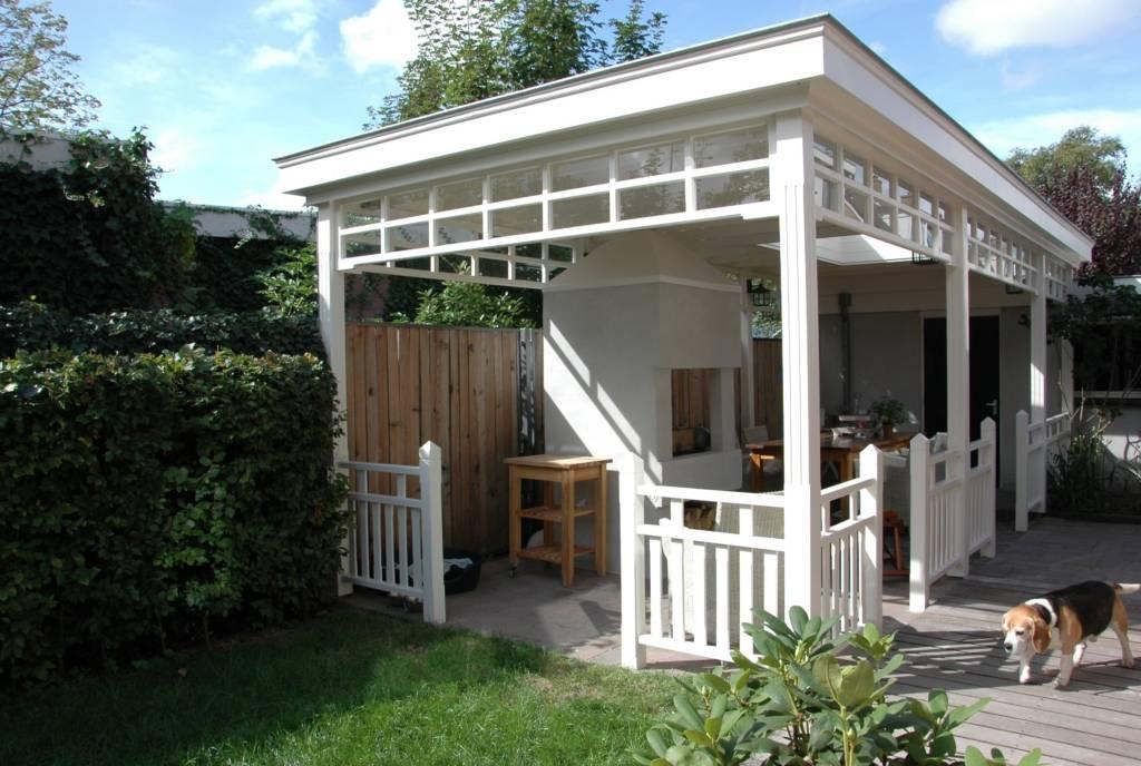 Veranda een overdekt terras om lekker lang buiten te genieten - Overdekt terras in hout ...